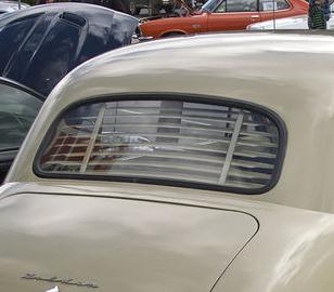 FX - FJ Sedan Back Glass